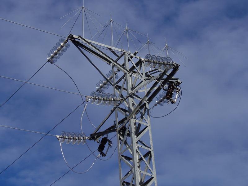 high-voltage-tower-419110